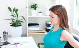 Como evitar dores causadas por trabalhar sentado